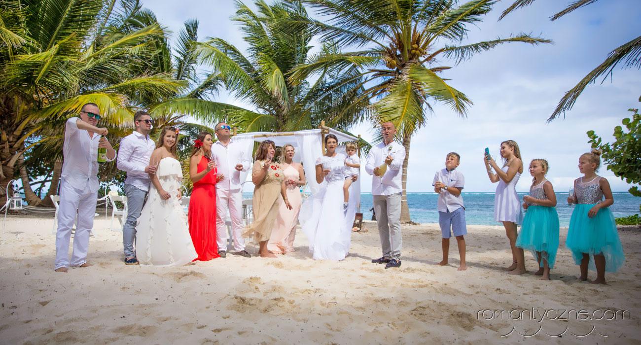 Ślub na karaibskiej prywatnej plaży