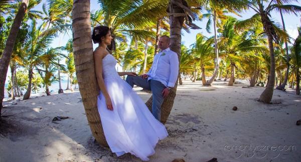 Nieszablonowy ślub na tropikalnej plaży, Karaiby