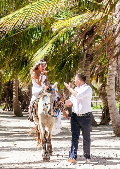 Zaręczyny na prywatnej plaży, zagraniczne podróże poślubne