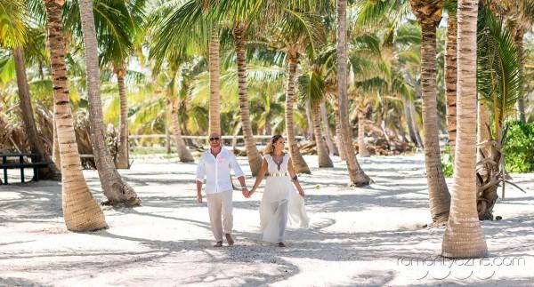 Spacer wśród palm, organizacja ślubów