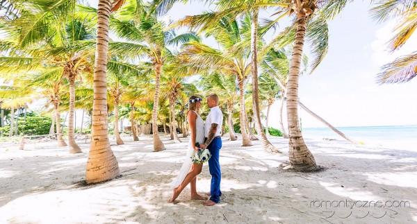 Na rajskiej plaży, we dwoje