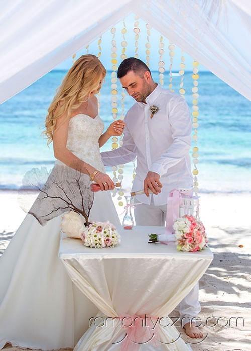 Śluby symboliczne na tropikalnej plaży, organizacja ceremonii