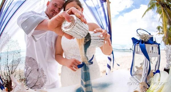Śluby symboliczne na tropikalnej plaży, podróże poślubne na Karaibach