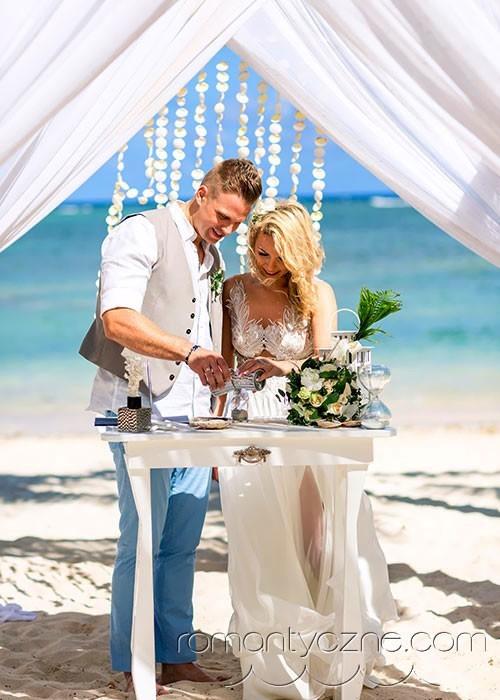Nieszablonowy ślub na tropikalnej plaży, tropikalne śluby