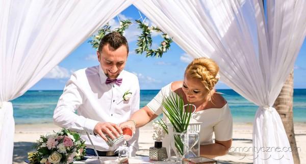 Śluby oficjalne Saona Island