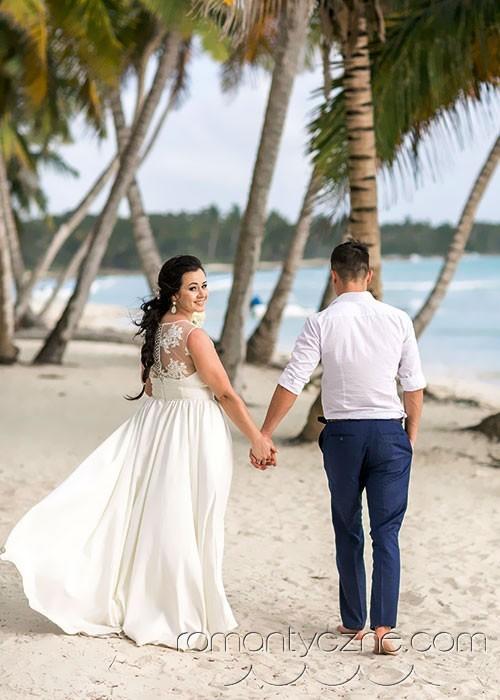 Spacer po plaży, Dominikana