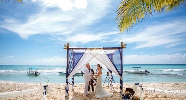 Śluby za granicą na prywatnej plaży, tropikalne śluby
