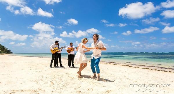 Wyspa Saona, ślub w rytmie bachiaty