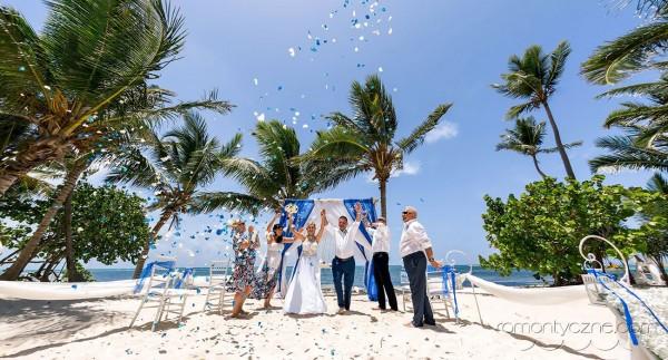 Rodzinnie na karaibskiej plaży
