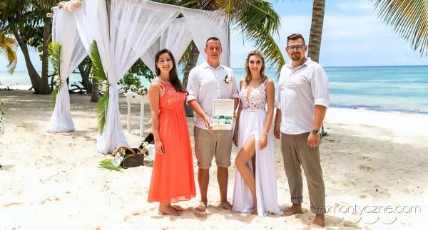 Tropikalny ślub w rodzinnym gronie