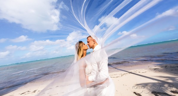 Śluby na rajskiej plaży, podróże poślubne na Karaibach