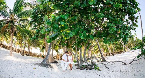 Śluby na tropikalnej plaży, romantyczne ceremonie