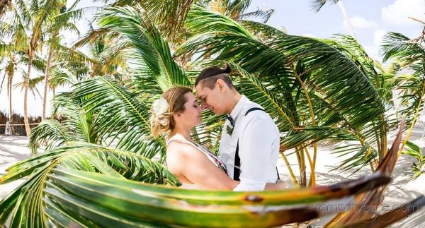 Śluby symboliczne na rajskiej plaży, zagraniczne podróże poślubne