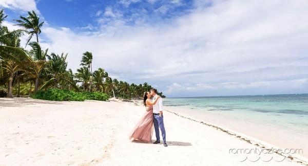 Śluby, spacer po rajskiej plaży, Karaiby