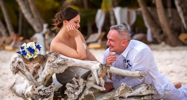 Śluby za granicą na prywatnej plaży, podróże poślubne na Karaibach