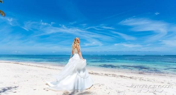 Śluby na tropikalnej plaży, zagraniczne podróże poślubne