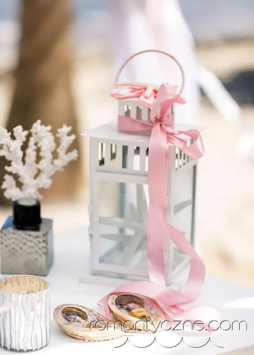 Nieszablonowy ślub na prywatnej plaży, zagraniczne podróże poślubne