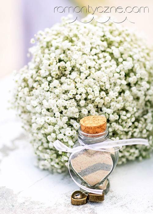 Ślub na prywatnej plaży, kwiaty