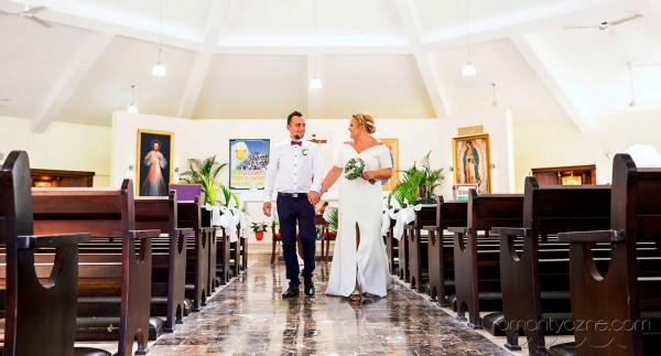 Ślub karaibski w kościele katolickim, Dominikana