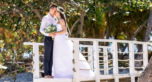 Szczególne chwile na plaży, ślub karaibski