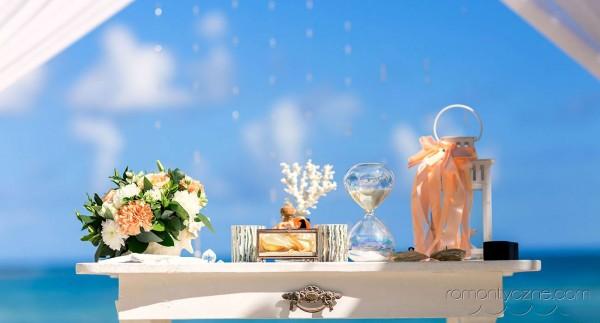 Ekskluzywne dodatki, ślub na prywatnej plaży