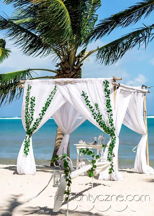 Śluby symboliczne na prywatnej plaży, zagraniczne podróże poślubne