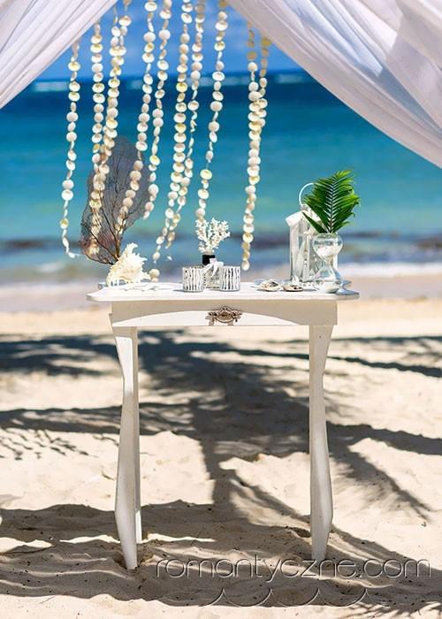Nieszablonowy ślub na plaży