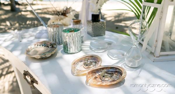 Akcenty roślinne, ślub na plaży