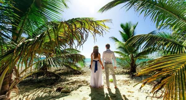 Ceremonie ślubne na dominikańskiej plaży, podróże poślubne na Karaibach