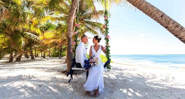 Śluby symboliczne na tropikalnej plaży, romantyczne ceremonie