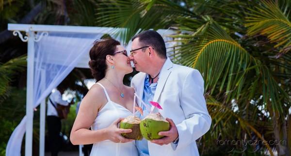 Zaręczyny na dominikańskiej plaży, zagraniczne podróże poślubne