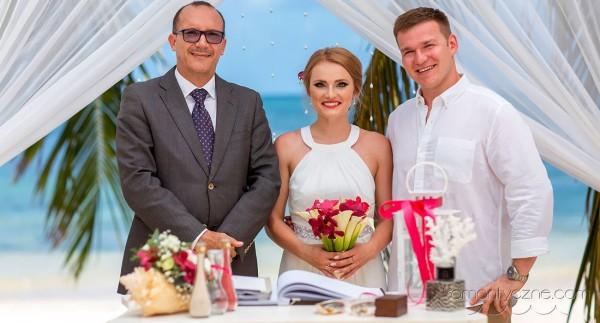 Nieszablonowy ślub na prywatnej plaży, Karaiby