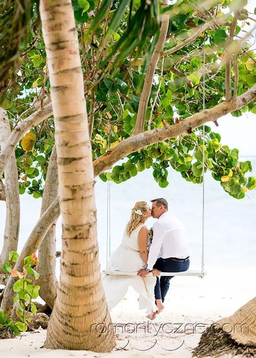 Ceremonie ślubne na tropikalnej plaży, podróże poślubne na Karaibach