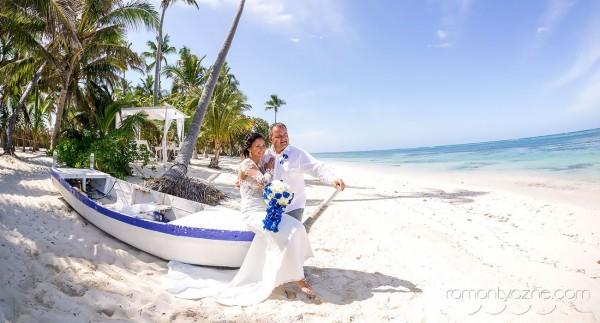 Śluby symboliczne na dominikańskiej plaży