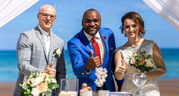 Śluby oficjalne na rajskiej plaży, Dominikana