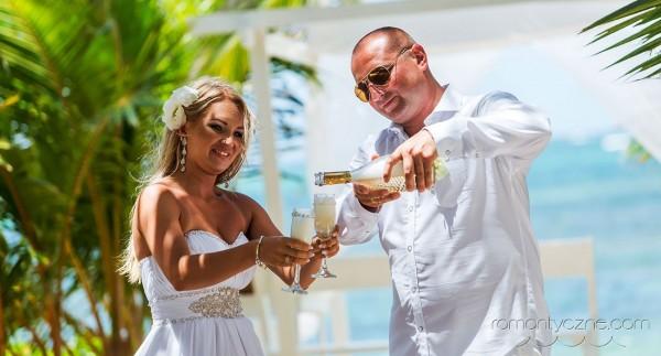Romantyczne ceremonie na plaży