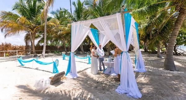 Dominikański ślub na plaży