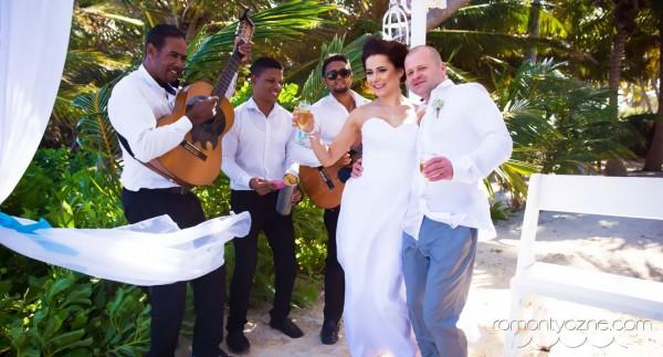 Zaręczyny kolacja dla dwojga, podróże poślubne na Karaibach