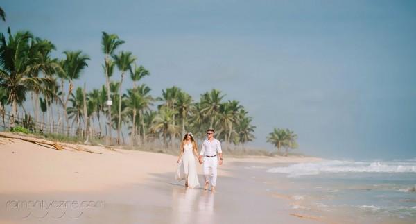 Tropikalne śluby spacer po plaży