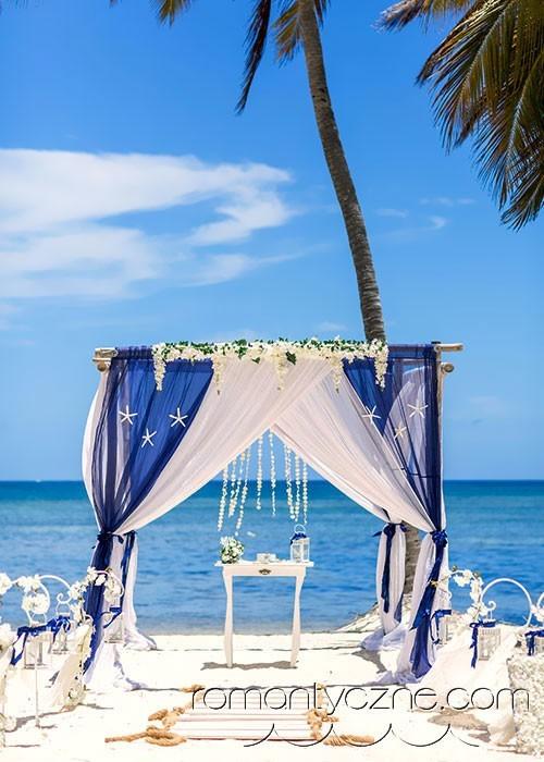 Rajski ślub na piaszczystej plaży