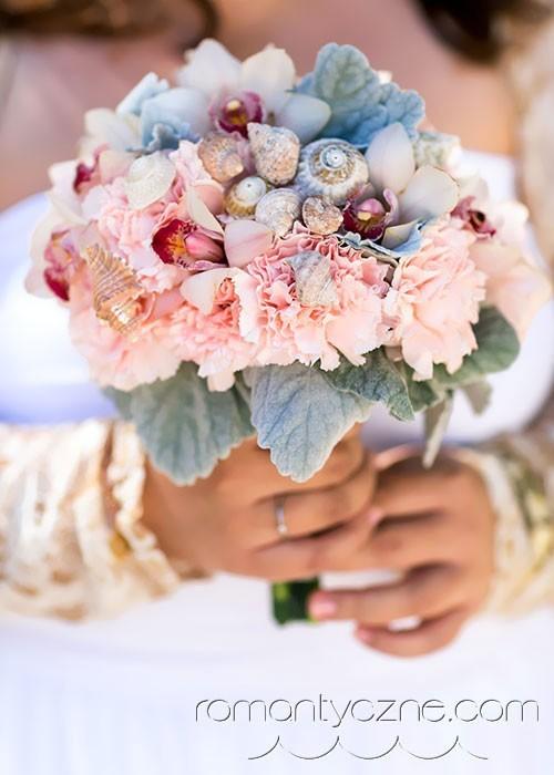 Bukiety ślubne w karaibskim klimacie