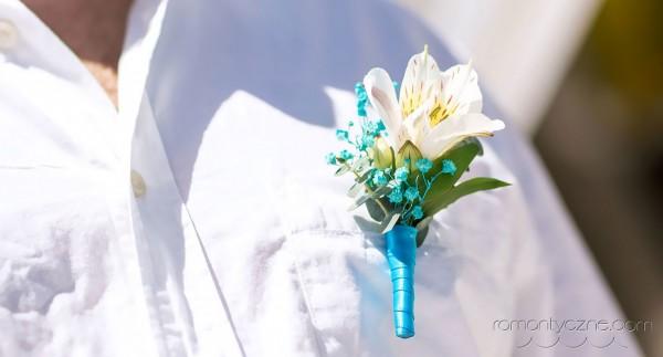 Ślub na plaży,butonierka