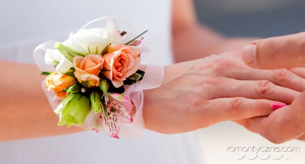 Nieszablonowy ślub na tropikalnej plaży, zagraniczne podróże poślubne