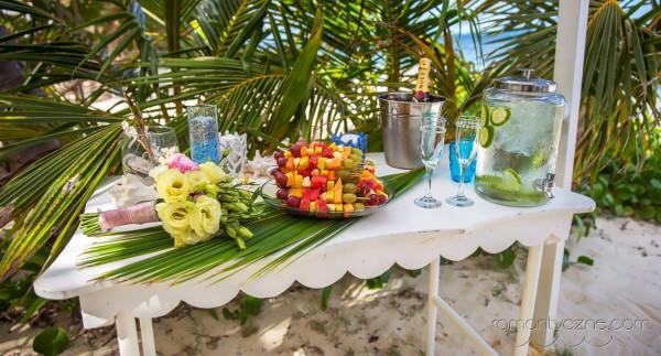 Nieszablonowy ślub kolacja dla dwojga, romantyczne ceremonie