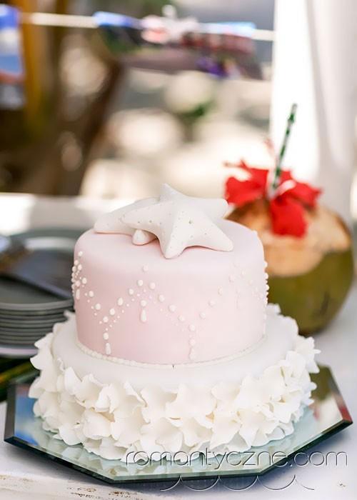 Ślub na Karaibach, słodkie inspiracje, ślubny tort