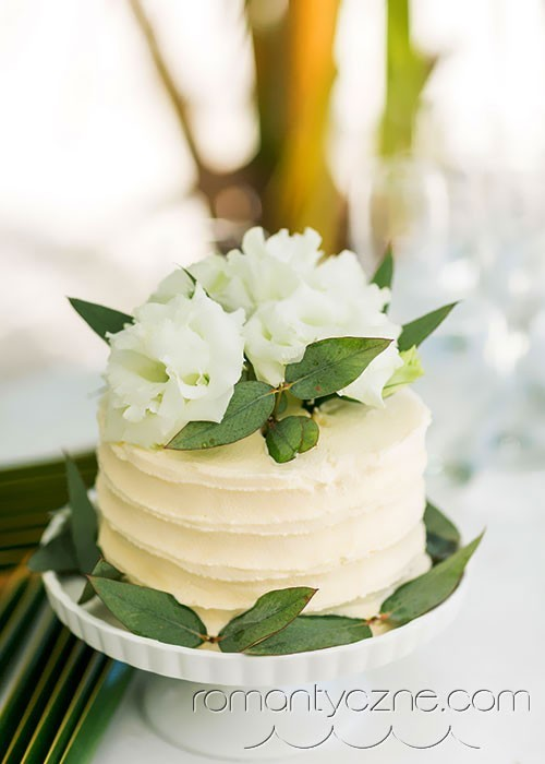Ślub na Karaibach, ślubny tort