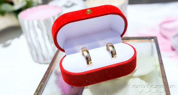 Ceremonia ślubna, obrączki